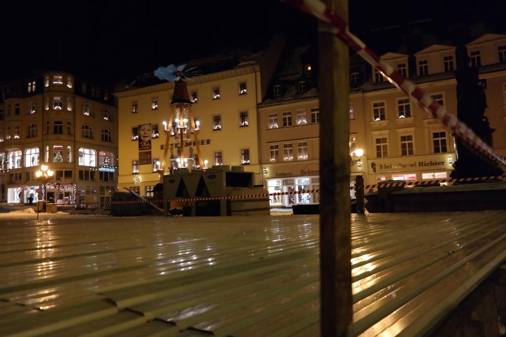 Aufbau Eisarena Markt Annaberg-Buchholz